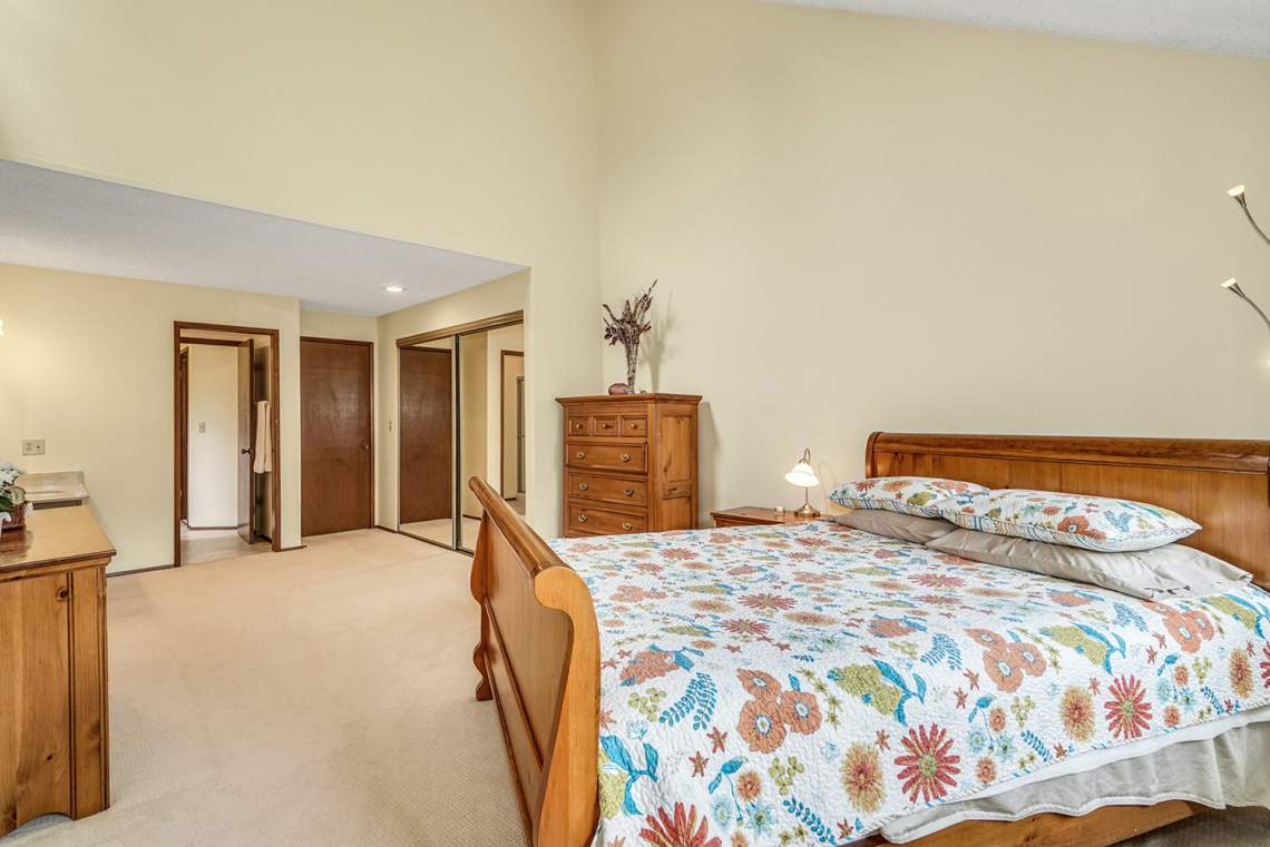 16-Primary-Bedroom