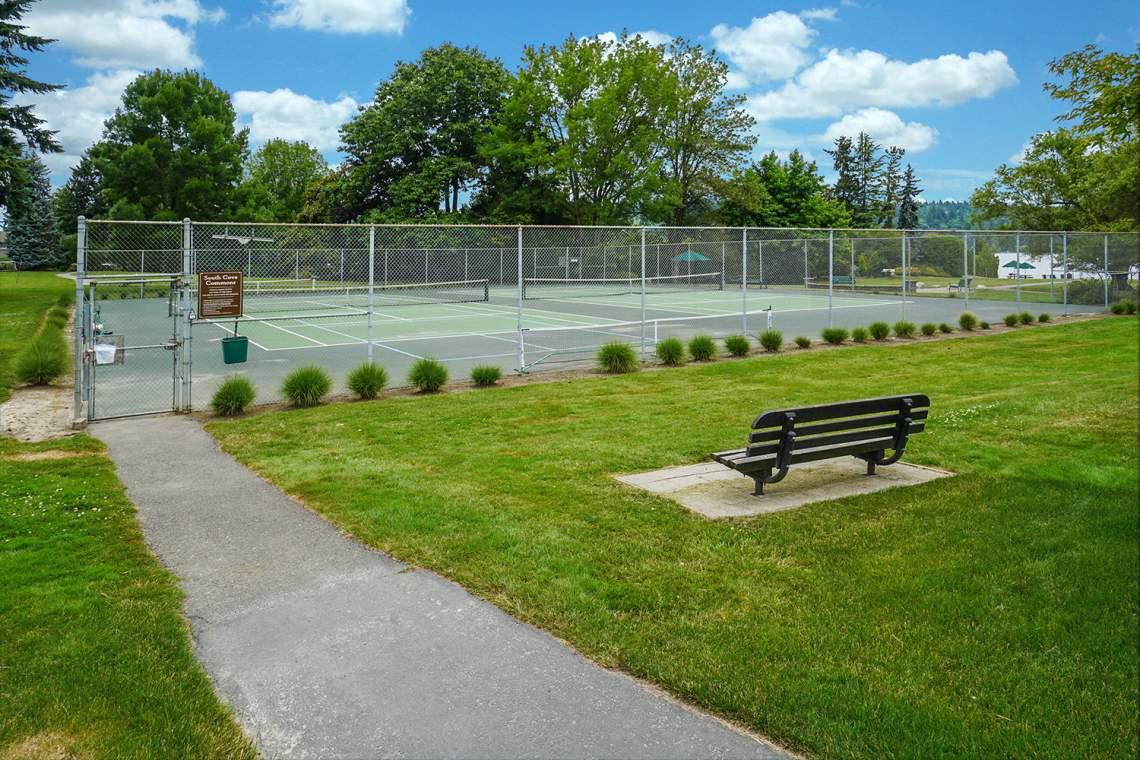 32-Tennis-Courts