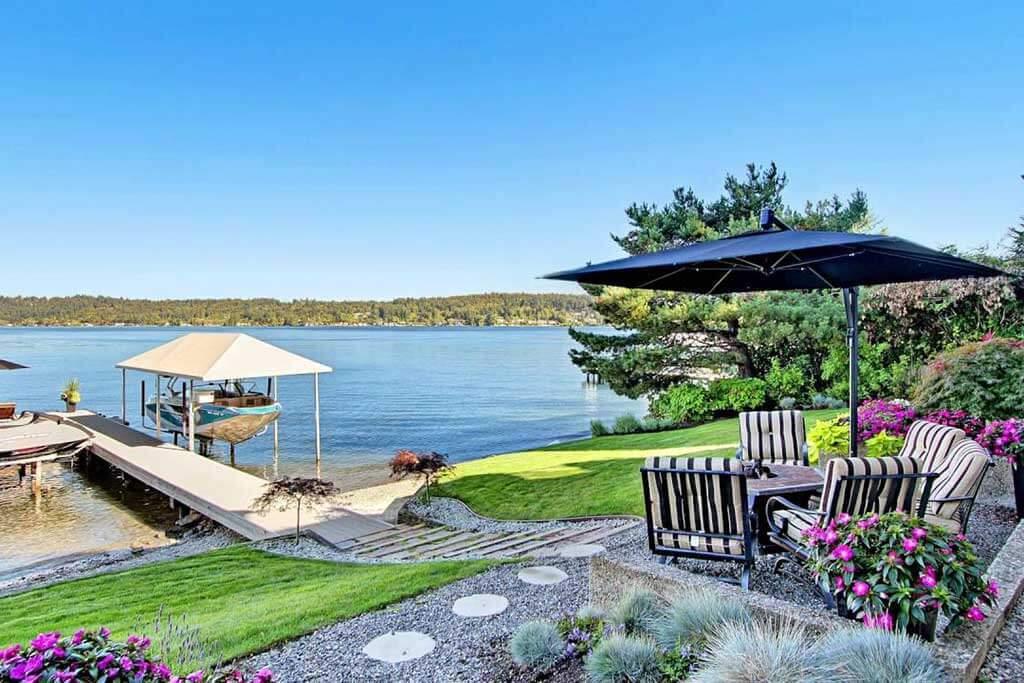 West Lake Sammamish Lake Home