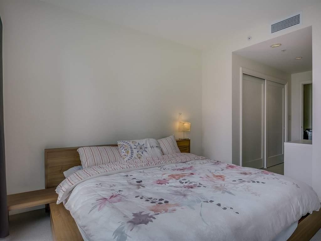 012_Bedroom-2