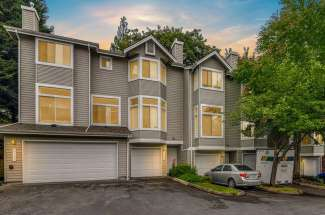 2137 NW Pacific Yew Pl, Issaquah, WA  98027
