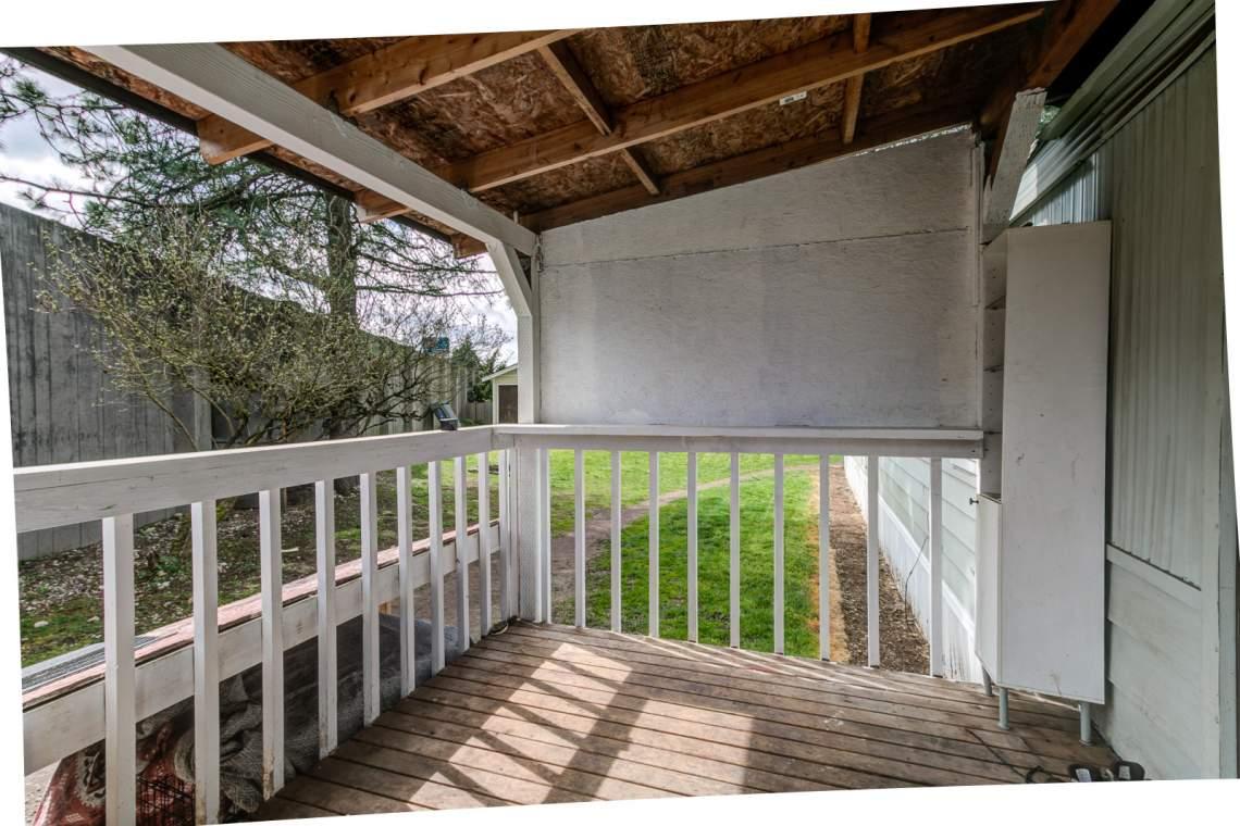 04-Porch