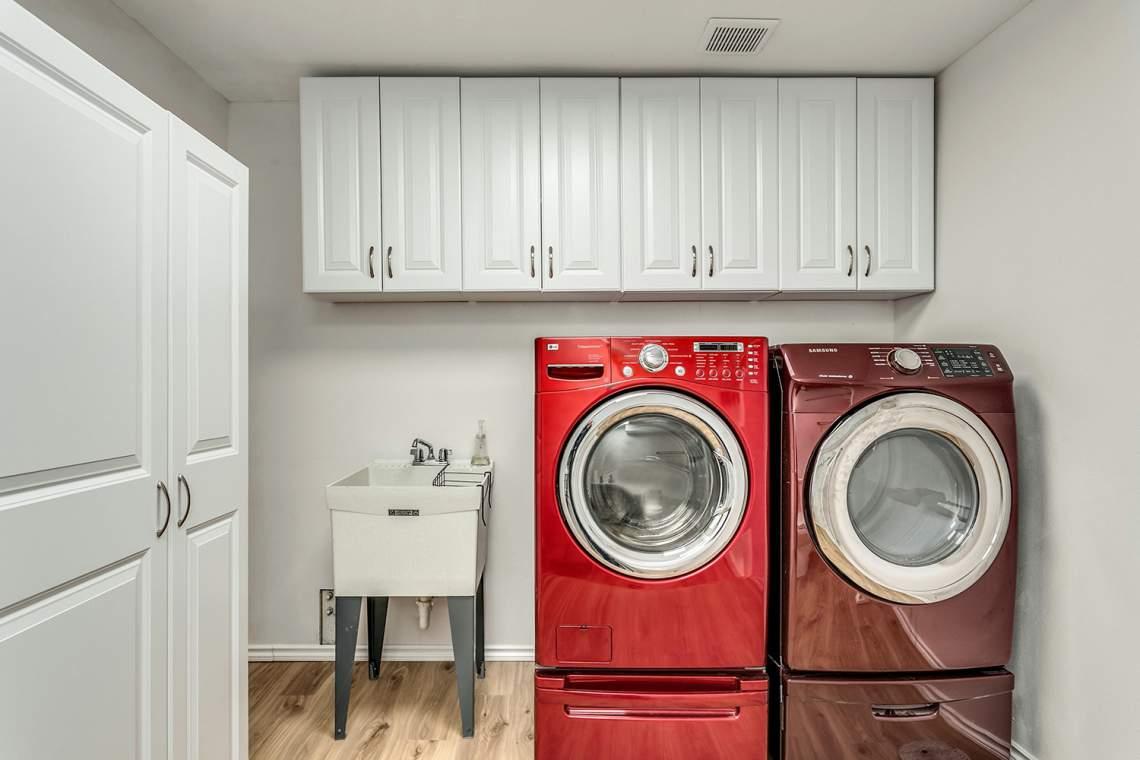 28-Laundry