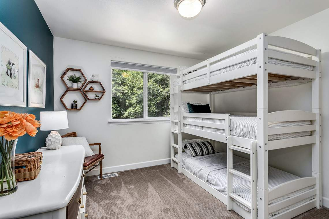 19-Guest-Bedroom-2