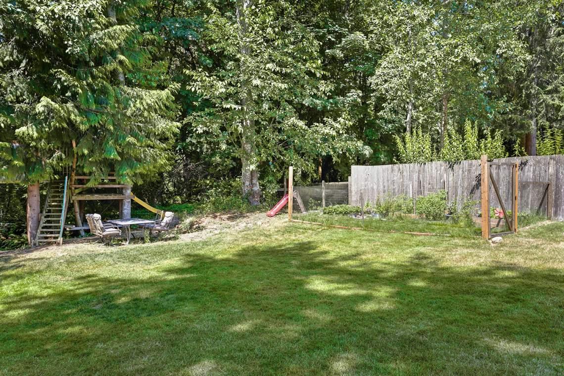 24-Backyard