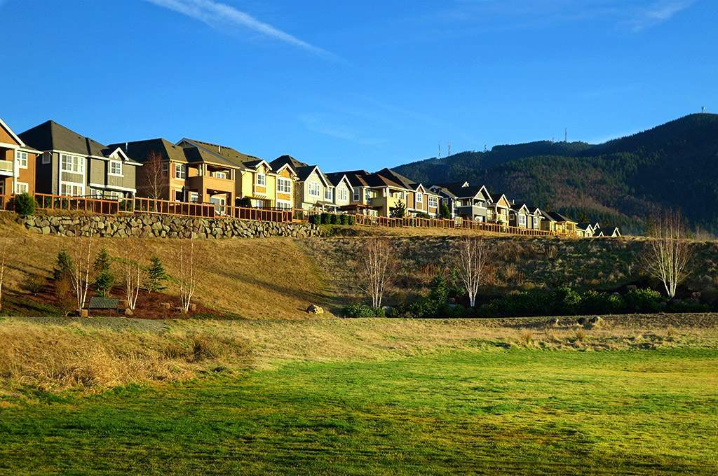 Issaquah Highlands homes overlooking Central Park