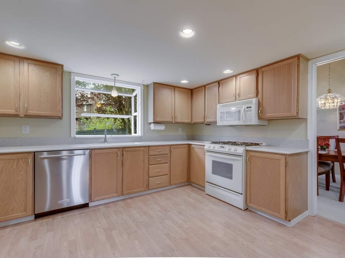 007_Kitchen