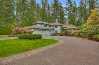 24319 SE 256th St, Maple Valley, WA  98038
