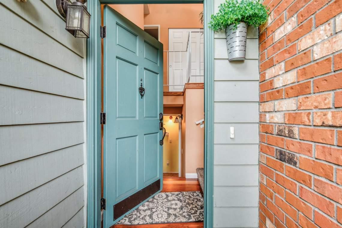 02-Front-Door