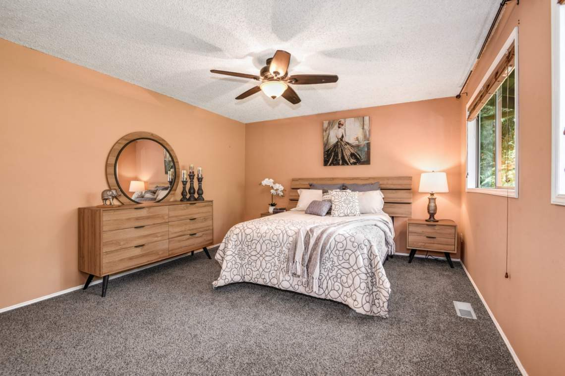 12-Primary-Bedroom