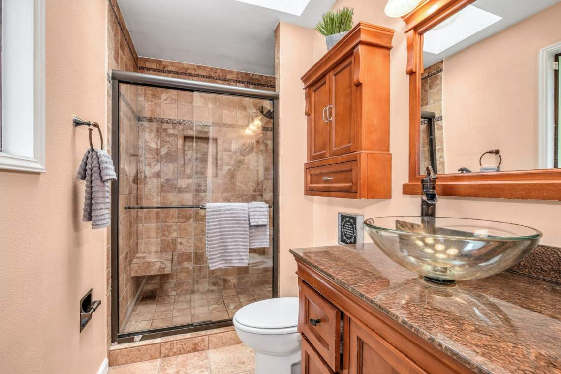 13-Master-Bathroom