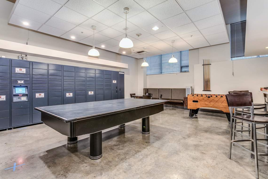 25-Game-Room