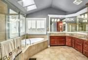 18-Primary-Bath