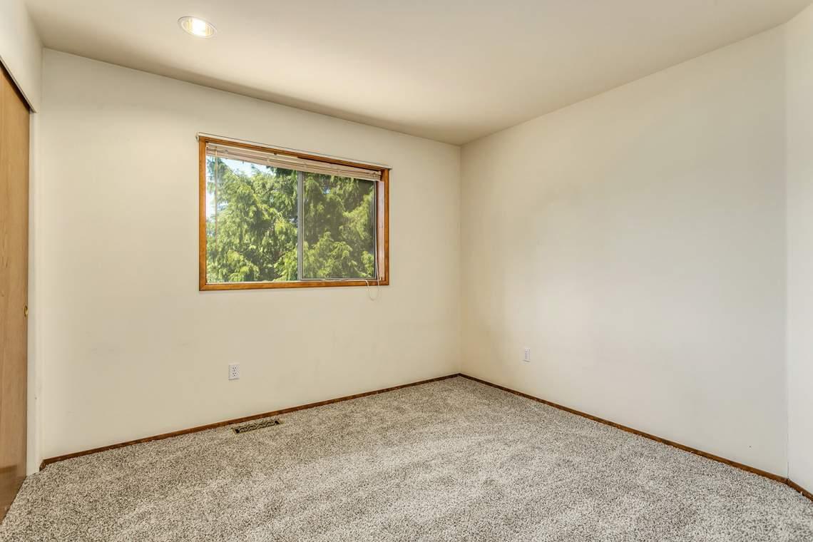 20-Bedroom
