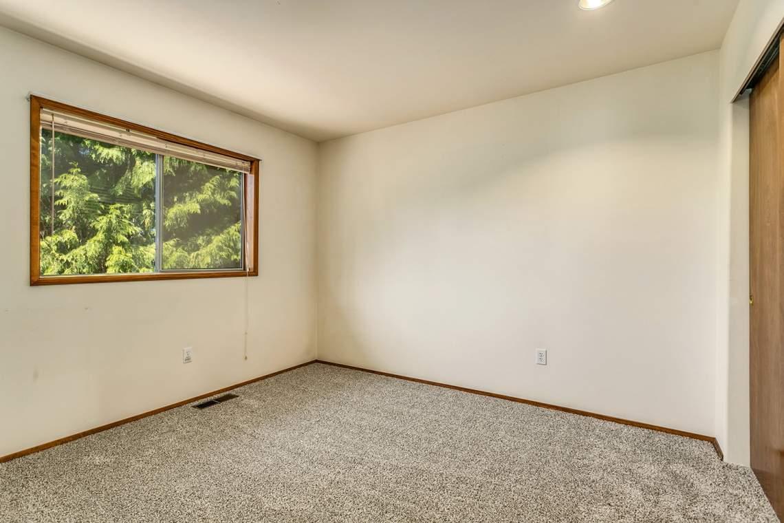 21-Bedroom