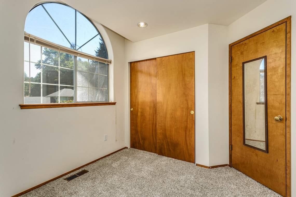 22-Bedroom