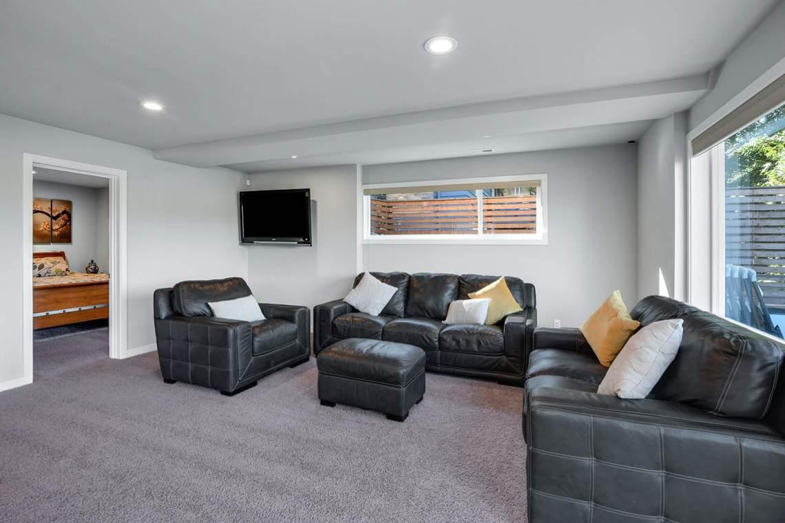22-Family-Room