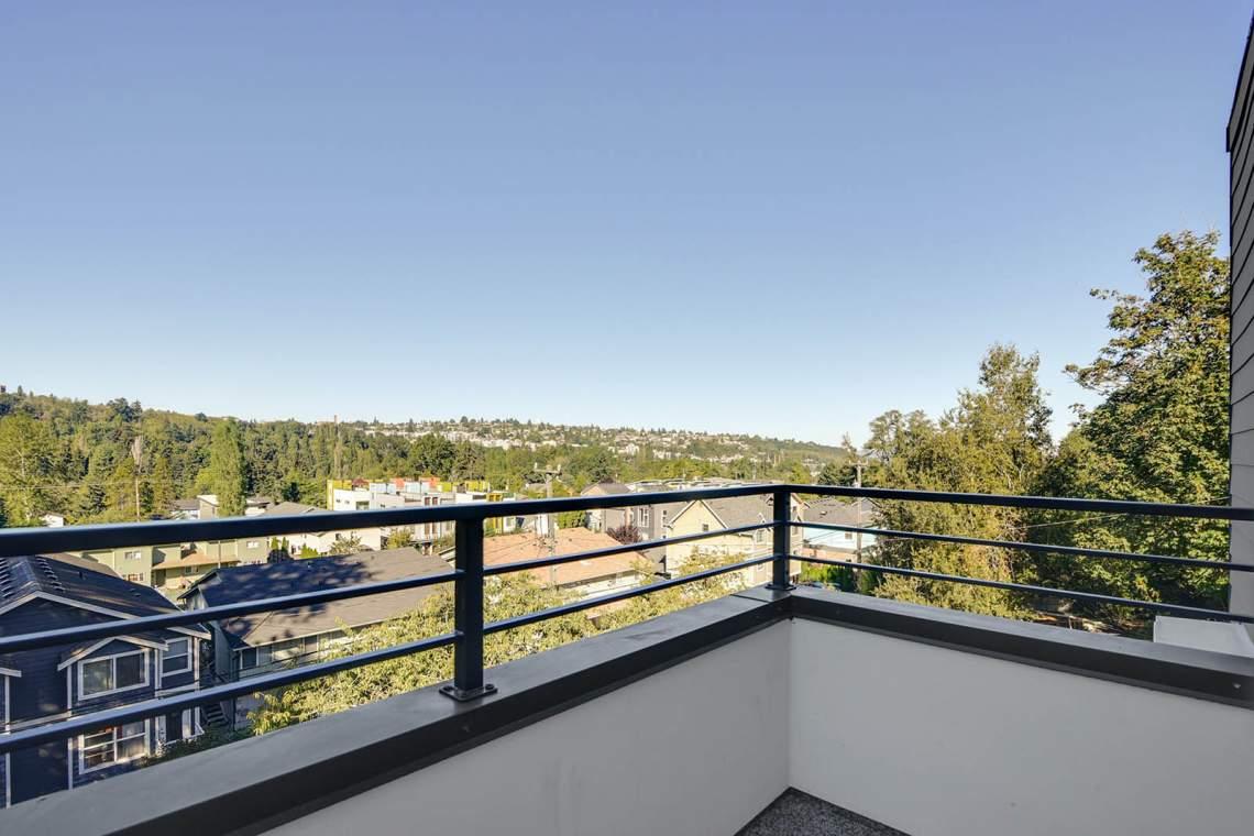 29-Rooftop-Deck