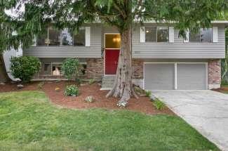 15227 118th Ave NE, Kirkland, WA  98034