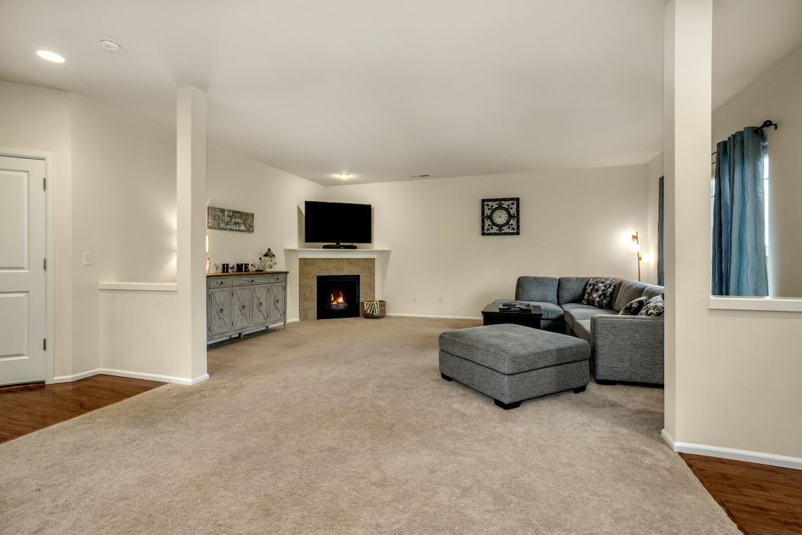008-Family-Room