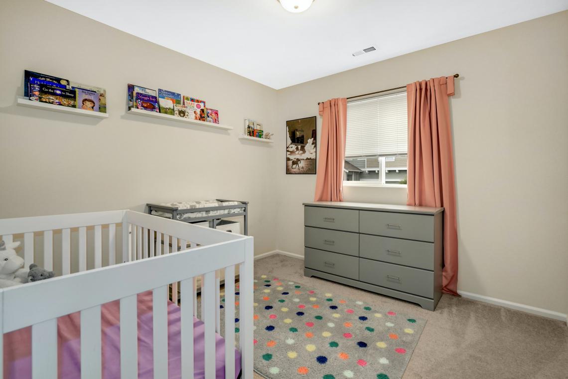 012-1st-Guest-Bedroom