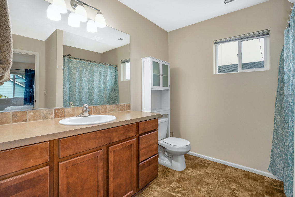 020-Master-Bathroom