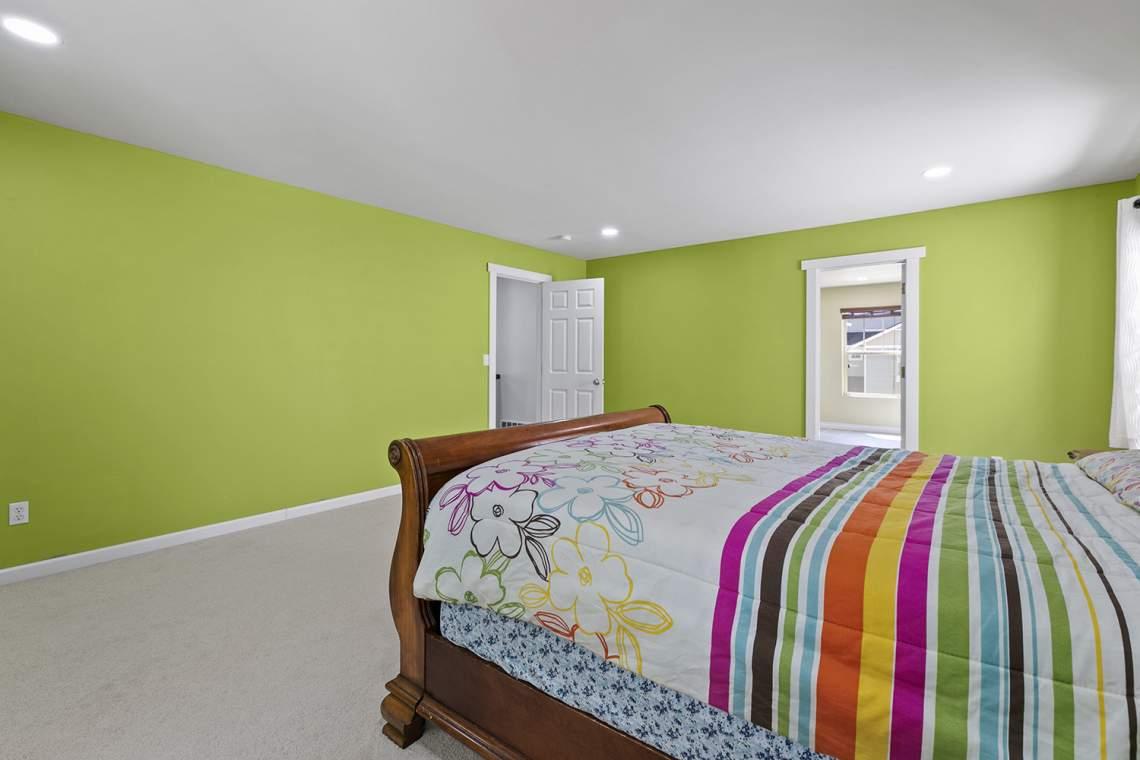24-Primary-Bedroom