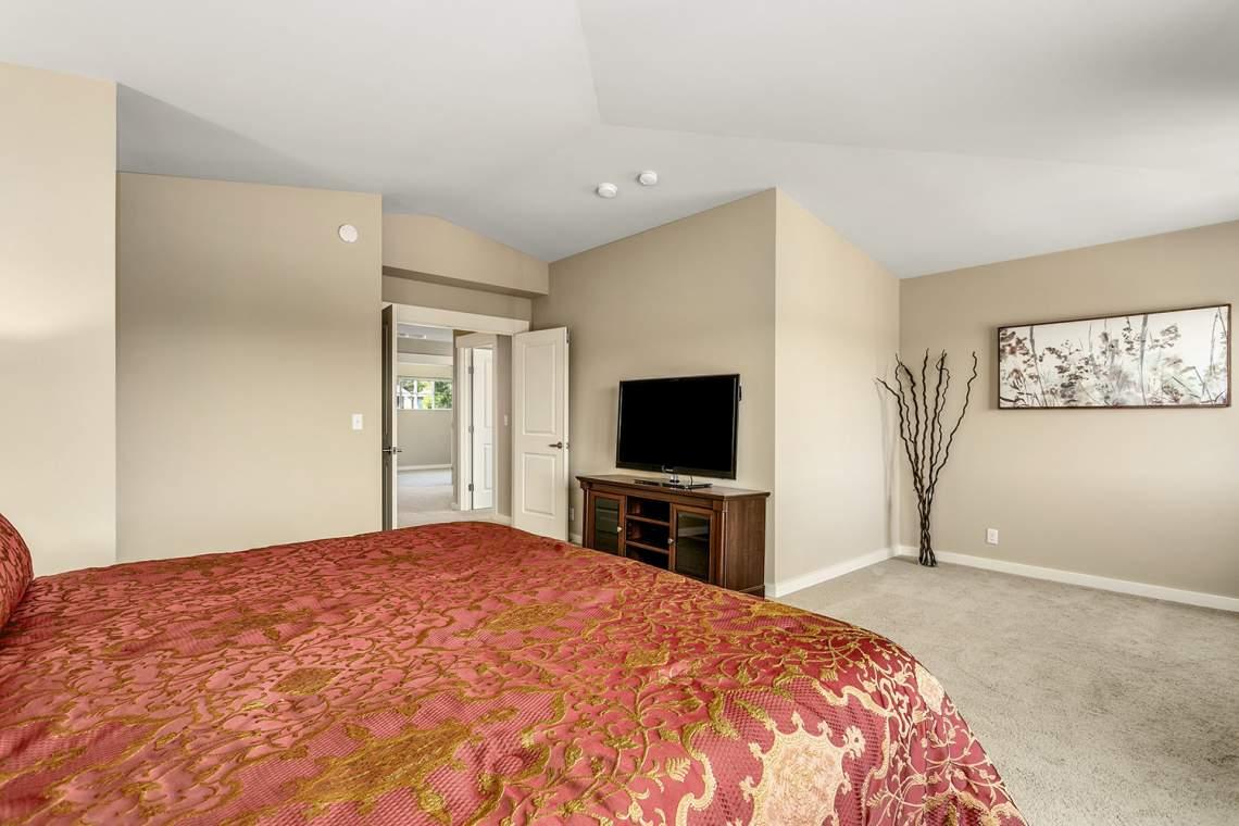 19-Primary-Bedroom