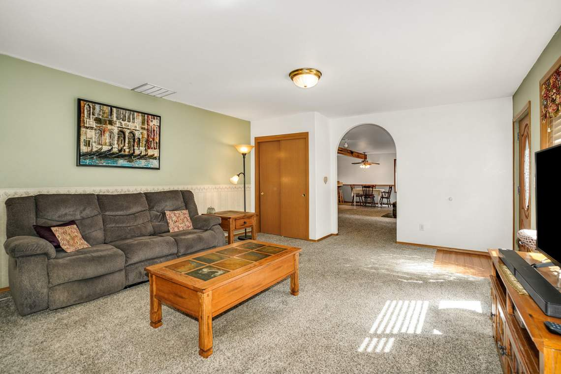 08.5-Living-Room