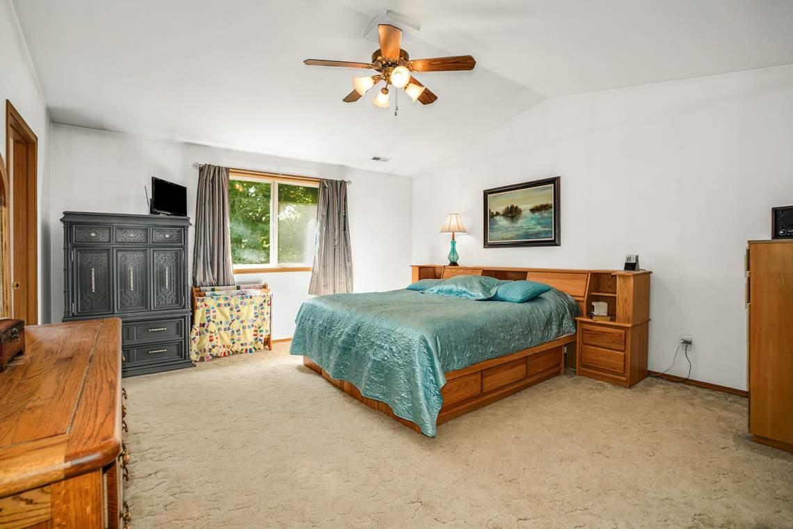 10-Primary-Bedroom