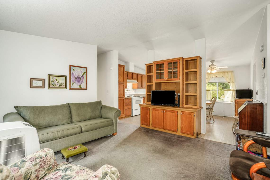 28-ADU-Living-Room