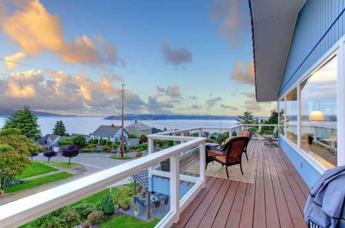 Luxury Homes</br>($1.5M+)