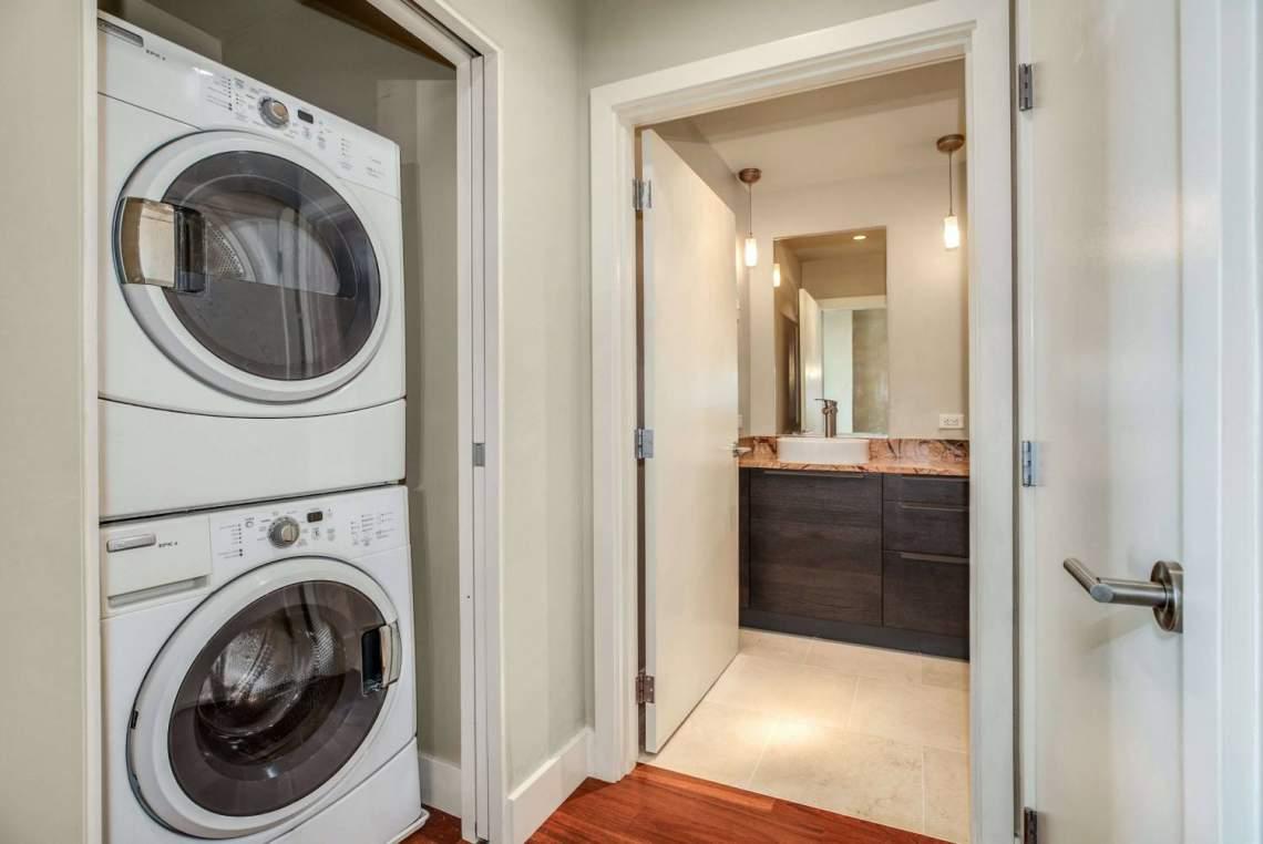 15-Laundry-Bathroom