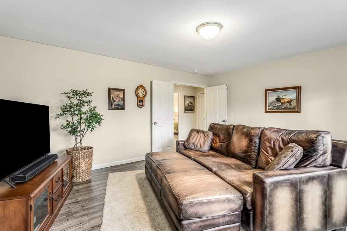 24-Bonus-Room